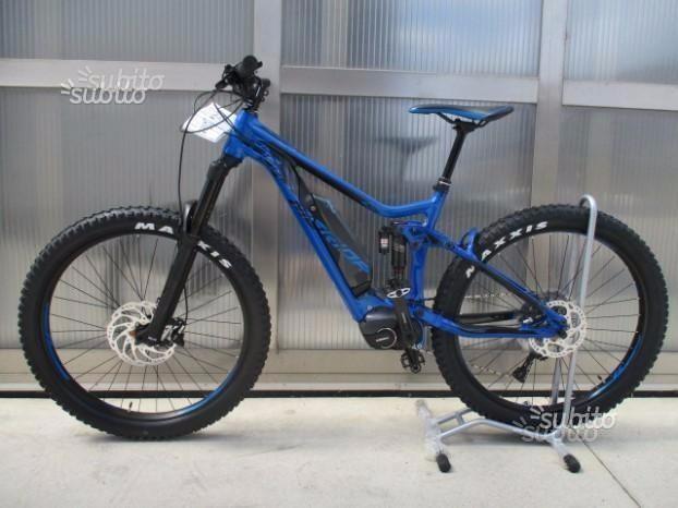 Bici Merida E-one sixty 800 blu 2018 motore Shimano Steps e800 batteria 500 Wh