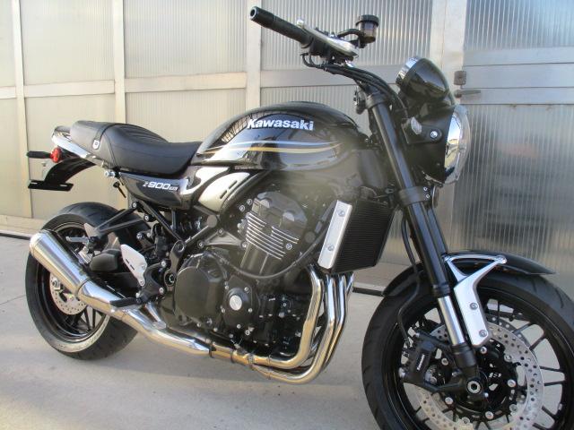 Kawasaki Z900 RS nero